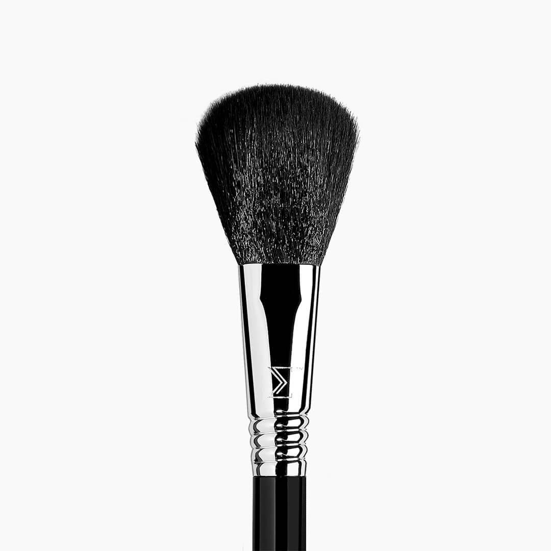 F10 - Powder/Blush Brush